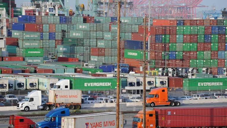 Port congestion 2